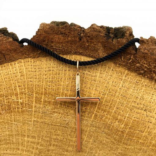 Золотий хрестик без розп'яття