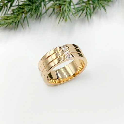 Золота обручка з вставками