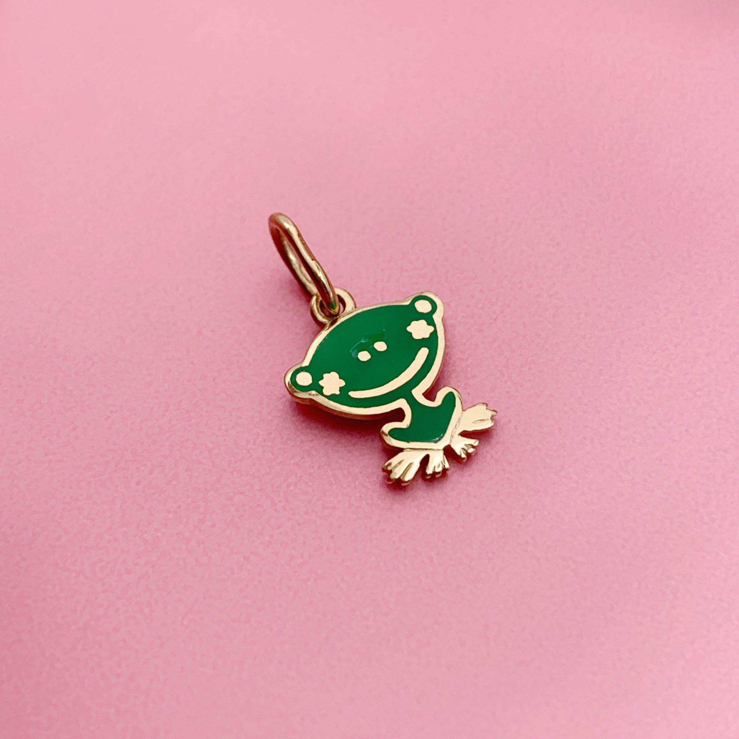 Золота підвіска жаба