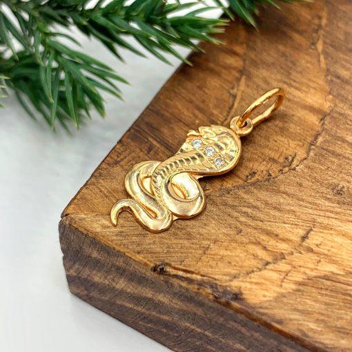 Золота підвіска змія