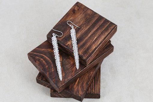 Срібні сережки пір'їнки